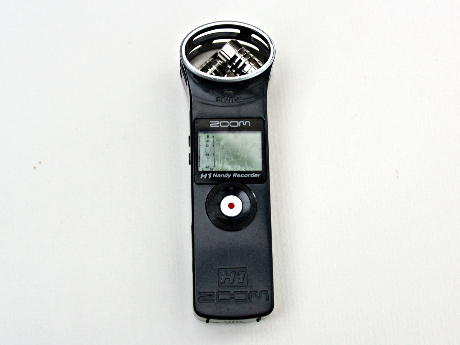 A zoom H1 handheld audio recorder. These are useful for practice as it is easy to record yourself playing and listen back to hear your mistakes. They have good sound quality for the cost
